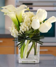 Reflections by Sarasota Florist, Beneva Flowers and Gifts #whiteroses, #hydrangea #callalilies