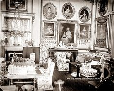 The Lothians: The Royal Residences of Queen Victoria - Buckingham Palace Queen Victoria Albert, Victoria Reign, Princess Victoria, Palais De Buckingham, Christian Ix, Victorian Interiors, Royal Residence, British Royal Families, Grand Staircase