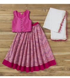Daily finds for babies, kids and moms. Apparel, shoes, toys, bags & more. To order this WhatsApp on Girls Frock Design, Kids Frocks Design, Baby Frocks Designs, Baby Dress Design, Baby Design, Cotton Frocks For Kids, Frocks For Girls, Little Girl Dresses, Girls Dresses