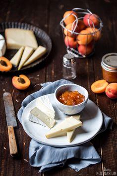 Chutneys, Tapas, Pesto Dip, Sandwich Fillings, Snacks, Home Recipes, Food Styling, Food Inspiration, Camembert Cheese