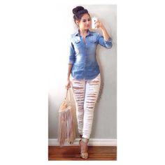 """""""Friday night  #casualchic It was a dinner & movie type of night. Top: Forever 21 Pants: Forever 21 Heels: Wave Bag: H&M"""""""