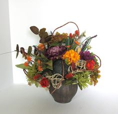 Free shipping  stunning floral arrangement by CarolaFlowerDesigns, $60.00