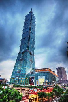 Taipei 101 is up to the minute when it comes to skyscraper design