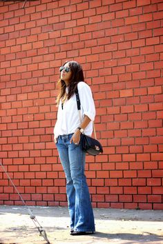 flare-jeans-and-white-shirt-nothing-to-wear-effortless-denim-01.jpg 1,066×1,600 pixels