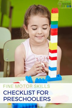 Have you wondered what fine motor skills your preschool age child should be mastering? Check out this fine motor skills checklist for preschoolers, ages Activities For 5 Year Olds, Fine Motor Activities For Kids, Motor Skills Activities, Gross Motor Skills, Montessori Activities, Preschool Activities, Kids Motor, Preschool Assessment, Toddler Development