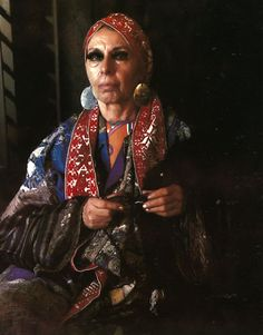 Louise Nevelson by photographer Marie Cosindas