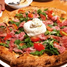 [I ATE] Ham and spinach pizza with burrata cheese #food #foodporn #recipe #cooking #recipes #foodie #healthy #cook #health #yummy #delicious