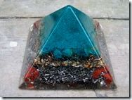 Piramide van Orgonite