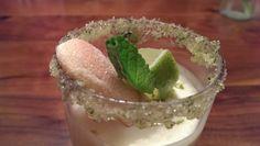 Fruchtiges Limetten-Tiramisu nach Art des Hauses Tiramisu, Pudding, Smile, Eat, Desserts, Food, Tailgate Desserts, Deserts, Custard Pudding