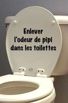 enlever l'odeur de pipi facilement dans les toilettes remove the smell of pee easily in the toilet Trucs et astuces House Cleaning Tips, Green Cleaning, Spring Cleaning Checklist, Cleaning Hacks, Bedroom Cleaning, Interior Design Living Room, Living Room Designs, Lifehacks, All Purpose Cleaners