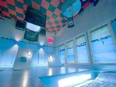 プロペラアイランド・シティロッジ 「死ぬまでに泊まってみたい世界の奇妙なホテル 16」 トリップアドバイザー