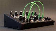 "Günstiger Modular-Synthesizer von Plankton Electronics ""Ants!"""