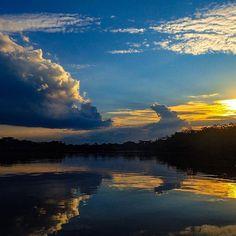 Sunset in the Amazon #intentstravels #sunset #ecuador #backpacking #olympustough #caimanecolodge #cuyabeno