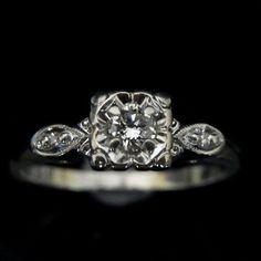 Vintage Diamond 14k White Gold Estate Engagement Fashion Ring