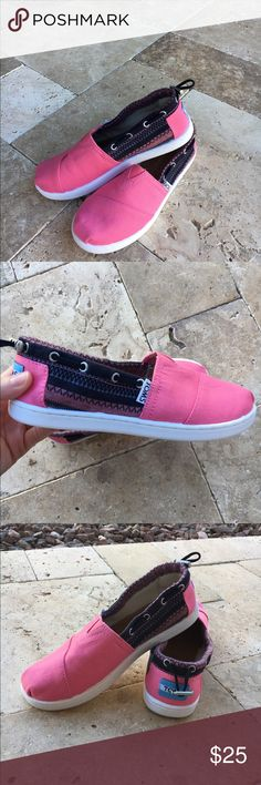 Kids Tom shoes Size 2 kids pink Tom shoes. The tags are not on them, but they are new. TOMS Shoes Sneakers Cheap Toms Shoes, Toms Shoes Wedges, Toms Shoes Outlet, Shoes Sneakers, Pink Toms, Red Toms, Toms Outfits, Baby Toms, Designer Wedding Shoes