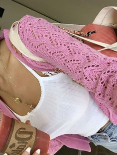 Cute trendy outfit with pink cardigan white lace tank top Mode Outfits, Trendy Outfits, Fashion Outfits, Womens Fashion, Fashion Killa, Look Fashion, Looks Style, My Style, Mode Crochet