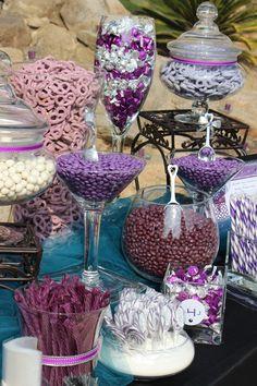 Love Is Sweet: 55 Wedding Candy Bar Ideas Hochzeitsinspirationen Candy Buffet Tables, Dessert Buffet, Purple Candy Buffet, Blue Candy, Dessert Bars, Bar A Bonbon, Candy Display, Candy Bar Wedding, Wedding Favors