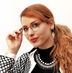 eblock_italia /  In Arte Belzebù / La giornalista Metis Di Meo indossa Eblock Side / Photofazio Roma #eblock #eyewear #italiandesign #glasses #inartebelzebu www.eblock.it