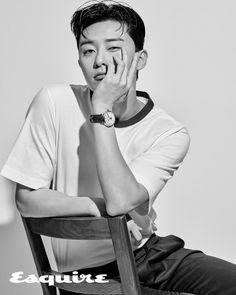 Park Seo-joon in Esquire Korea modeling Montblanc automatic watches Lee Jong Suk, Lee Hyun Woo, Asian Actors, Korean Actors, Witch's Romance, The Heir, Joon Park, Park Seo Joon Abs, Seo In Guk