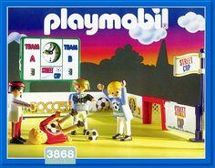 PLAYMOBIL� set #3868 - Streetsoccer