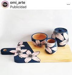 Decorative Wooden Boxes, Wooden Art, Painted Flower Pots, Painted Pots, Clay Crafts, Diy And Crafts, Arts And Crafts, Cute Wallpapers Quotes, Diy Coasters
