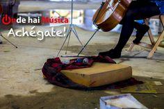 Chelistas tocando nunha fábrica abandonada.   ondehaimusica.galiciasustentable.org  www.facebook.com/ondehaimusica  Fotografía Xaime Cortizo.