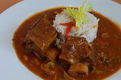 Thai Red Curry, Pork, Beef, Ethnic Recipes, Kale Stir Fry, Meat, Pork Chops, Steak