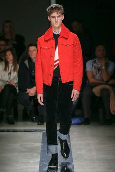 See the complete MSGM Fall 2015 Menswear collection.