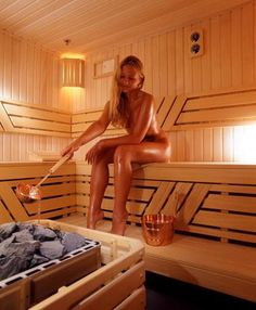 Someday I would like to have my own sauna. Currently I am living in a sauna like climate. Nothing better than a sauna on a winter day. Sauna Health Benefits, Outdoor Sauna, Sauna Design, Finnish Sauna, Girl In Water, Steam Room, Sweat It Out, Ulzzang Girl, Health And Wellness