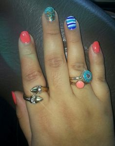 Corals and blues! Makes me wanna go to the beach. Bling Nails, Corals, Blues, Nail Polish, Beach, How To Make, Nails, The Beach, Beaches