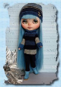 WiNTeR BLuES...Handknit DoLLy CouTure for Neo #Blythe #Dolls by Mimi and Boots #ETSY