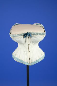 1870-1875 White cotton corset