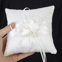 White Flower Shape With Flash Diamond Romantic  Ring Pillow