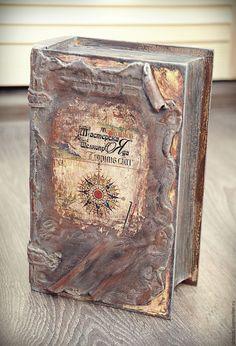"""Купить Шкатулка - книга """"Дневник капитана"""" - коричневый, шкатулка-книга, старинный фолиант"""