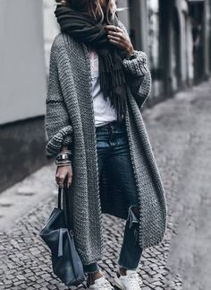 Pulls à manches longues - OOTD Inspo- Cute Outfit Ideas - Modes Casual Winter Outfits, Fall Outfits, Women's Casual, Stylish Outfits, Casual Weekend Outfit, Outfits 2016, Stylish Clothes, Simple Outfits, Long Sweaters For Women