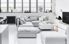 Choose modular furniture to create a sociable living space. With this layout, the VALLENTUNA sofa creates lots of opportunities to sit in different spots and move around the two or three units. Plus removable and washable upholstery means that you're covered for any unexpected spills. More at IKEA.com #IKEAIDEAS