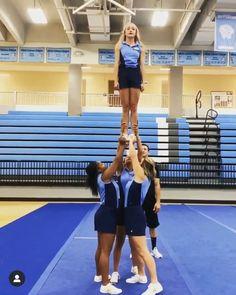 Easy Cheerleading Stunts, Cool Cheer Stunts, Cheerleading Cheers, Cheer Coaches, Youth Cheer, School Cheerleading, Cheer Dance Routines, Cheer Moves, Cheer Jumps