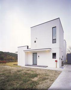 두 세대가 나누어 사는 심플하우스 - Daum 부동산 Exterior Design, Building A House, Architecture Design, Interior, Outdoor Decor, Home Decor, Architecture Layout, Decoration Home, Room Decor