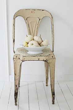 need this vintage metal chair
