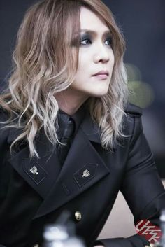 Kai. The GazettE., My he is looking so nice! D:) Smiley! Looking like a little angel