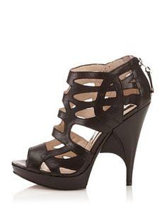 Amazon.com: Boutique 9 Helene - Black: Boutique 9: Shoes
