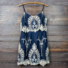 a hint of vintage lace navy & cream dress women's clothing spring summer boho chic bohemian gypsy indie fashion tumblr
