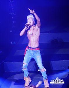 Taeyang   Rise Tour in Fukuoka 140823