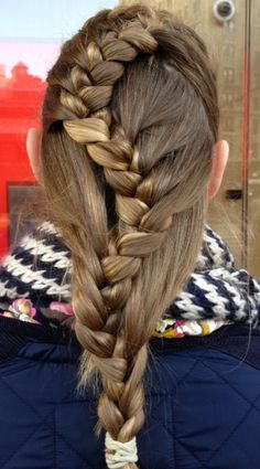 Luv this braid, stopped her on streets of NYC, Chloe from London did it!