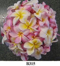 B315 Kauai Wedding flowers - Hawaii bridal bouquets and tropical flower leis from Mr. Flowers Kauai