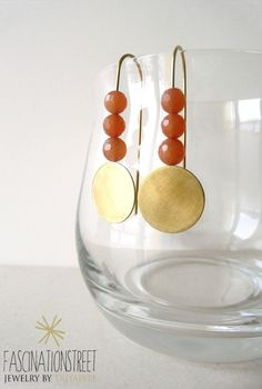 Fascinationstreet B-handmade: Orecchini in ottone e avventurina. / Brass earrings and avventurine beads