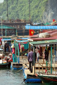 Floating Village / Vietnam / Under a Creative Commons license when I pinned it