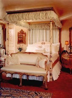 interior of floridian estate homes | Anne Cooper Interiors | Naples Florida Interior Design firm.
