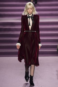 http://www.vogue.com/fashion-shows/fall-2016-ready-to-wear/philosophy/slideshow/collection