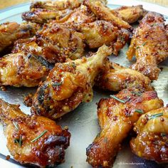 Slow Cooker Honey Mustard Wings (Paleo) – Fit Slow Cooker Queen A very simple honey-dijon marinade slow cooks with chicken wings in this easy crockpot recipe. This is a great everyday appetizer or game-day snack. Crock Pot Slow Cooker, Slow Cooker Chicken, Slow Cooker Recipes, Cooking Recipes, Healthy Recipes, Crockpot Chicken Wings, Broil Chicken, Chicken Wing Marinade, Roast Recipes